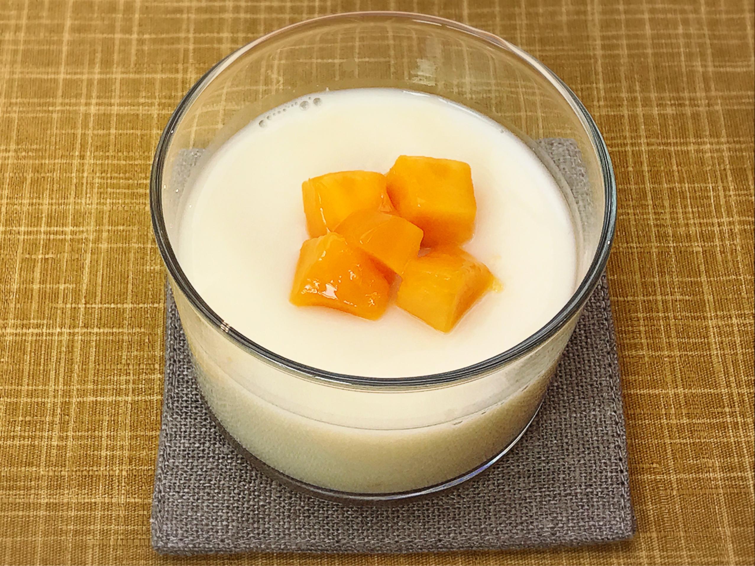 甘酒の香り豊かな杏仁豆腐