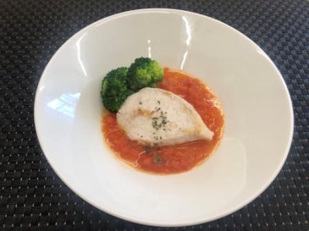 白身魚のソテー~トマトソースがけ~